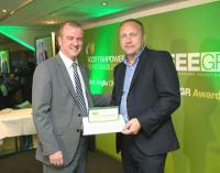 Graham Hacon accepting the Scottish Power Renewables Offshore Wind Award