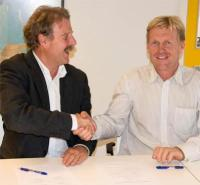 L-R: Jürgen Mienert; Director; CAGE and Arild Brevik; Konsberg Maritime
