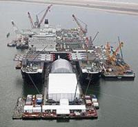 «Pioneering Spirit»; the world's largest heavy-lift vessel.