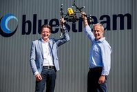 Janssens of Bluestream and van Liebergen of Skeye
