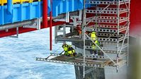 Harald Pettersen/Statoil - Scaffolding work on the Sleipner field