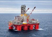 The Transocean Spitsbergen drilling rig - Kenneth Engelsvold/Statoil-2